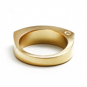 SOFT CURVE GOLD RING